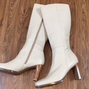 Bloomingdales Cream Ivory Knee High Boots NWOT 8